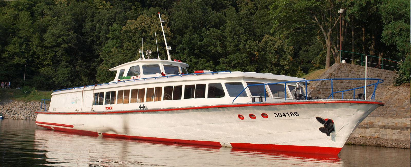 Plavby po Vranovské přehradě