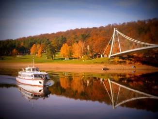 Návrat z podzimní okružní plavby