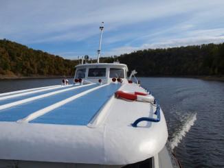 Výlet lodí za krásami podzimu