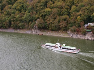 Výletní loď u Chmelnice